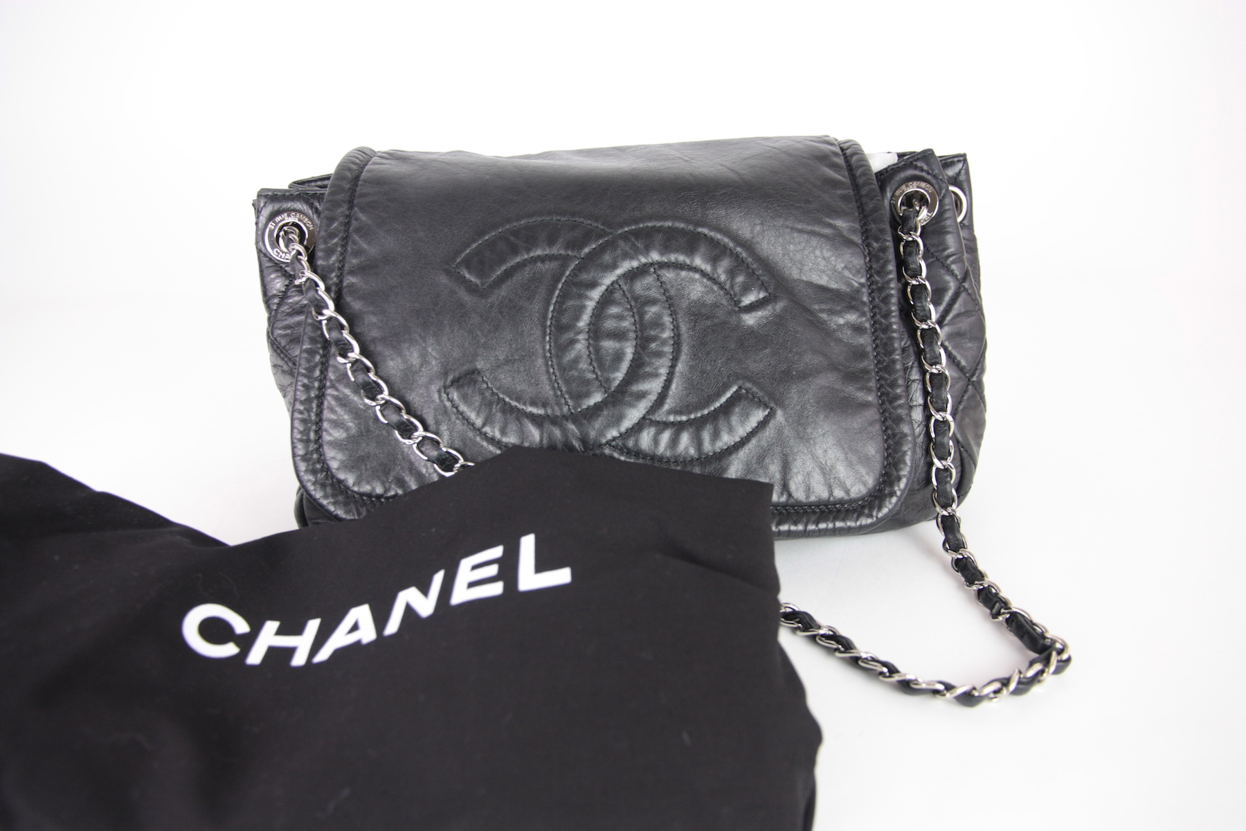 f2e7cc1aab8b Chanel Flap Rock and Chain Accordion Bag – Fashion Reloved